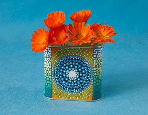 Dot Painted Mandala Tin, front, Acrylic Paints